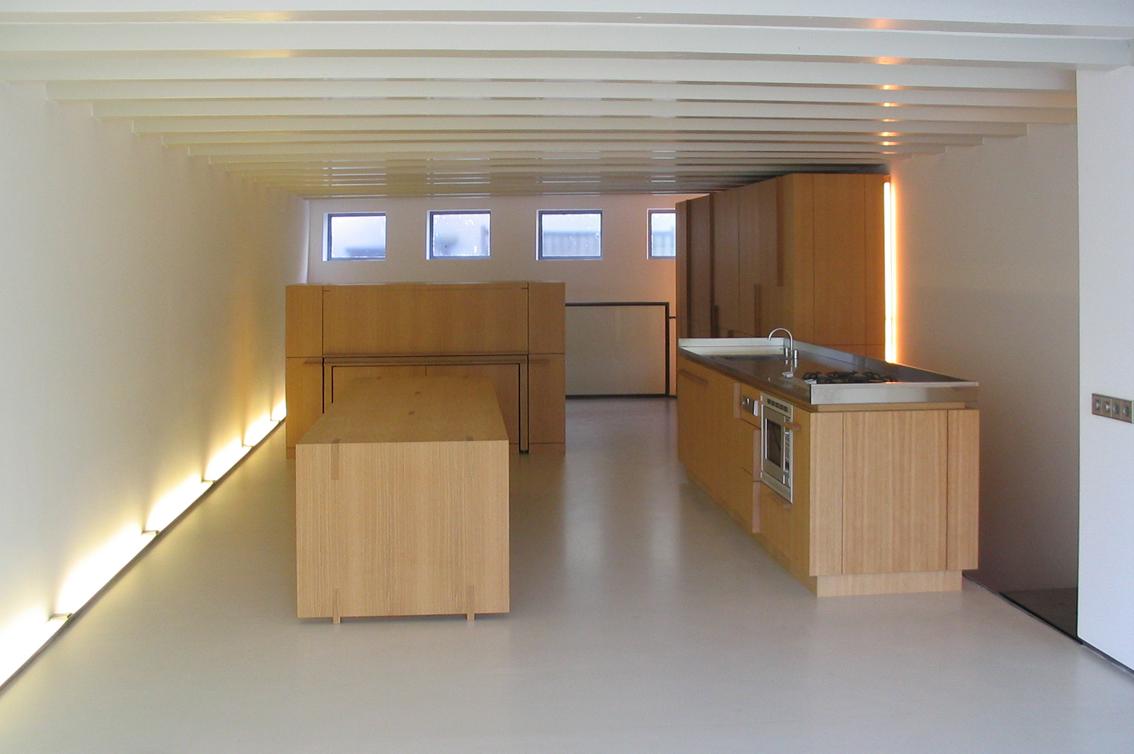 appartement,Reguliersgracht,pakhuis,amsterdam,verbouwing pakhuis,pied a terre,vilt,kasten,eikenhout,loft, kleur,roos meeder, meeder ontwerpers, interieur